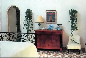 Комнатные цветы в интерьере спальни 3